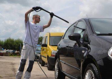 Auto laten wassen Vinkeveen
